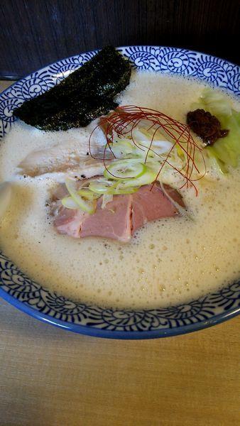 「濃厚鶏豚ソバ(750円)」@鶏豚骨 一學の写真