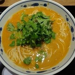 博多らーめん食堂 由丸 三田店の写真