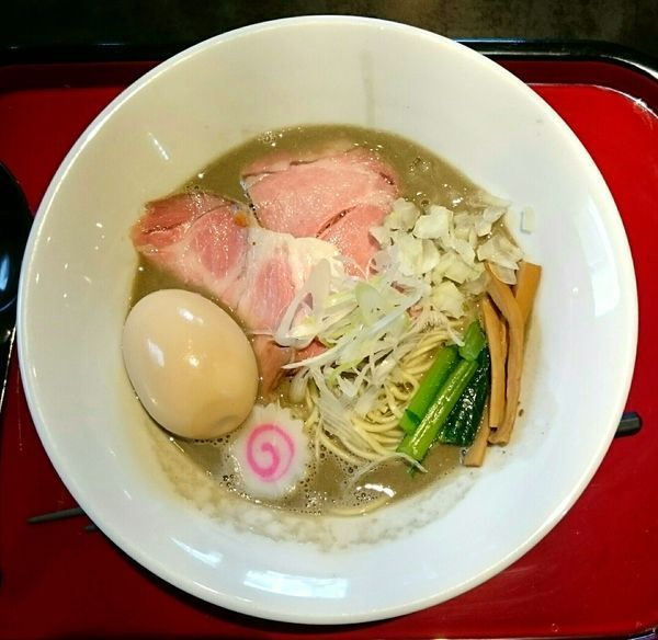 「濃厚煮干そば 味玉」@鶏そば なんきち 東京店の写真