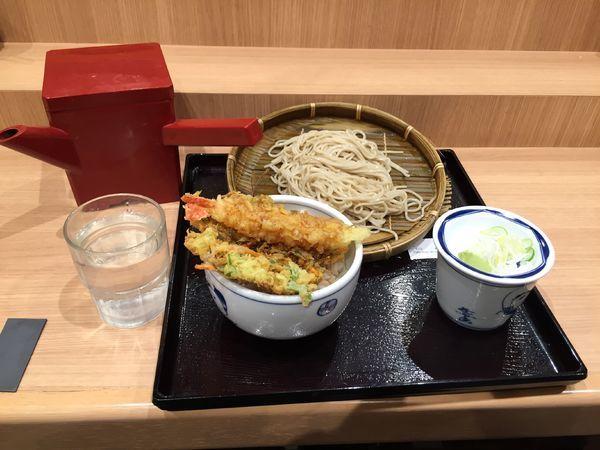 「天丼もりそばセット 600円」@そば処 信州屋 新宿南口店の写真