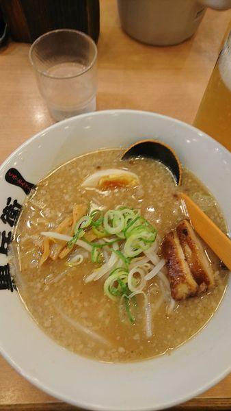 「醤油とんこつラーメン」@九州ラーメン 黒兵衛 江坂店の写真