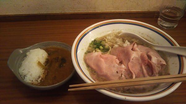 「煮干しラーメン+気まぐれカレー」@ラーメン暁(^^)の写真