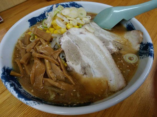 「味噌らーめん(並盛・145g)630円」@麺屋 なんなんの写真