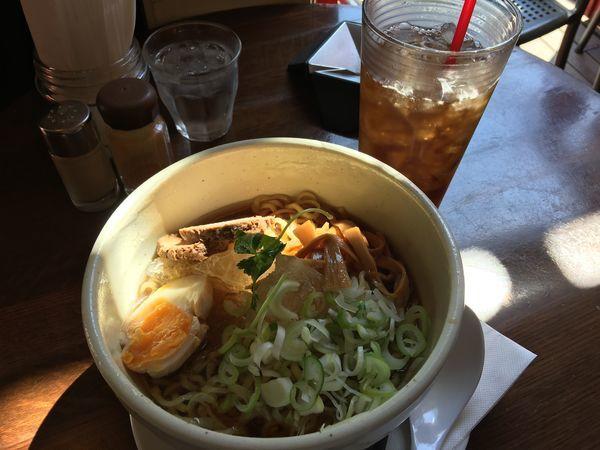 「山形水らーめん ランチセット 980円」@Pour cafeの写真