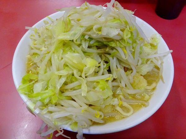 「ラーメン(700円)ニンニク」@ラーメン二郎 ひばりヶ丘駅前店の写真