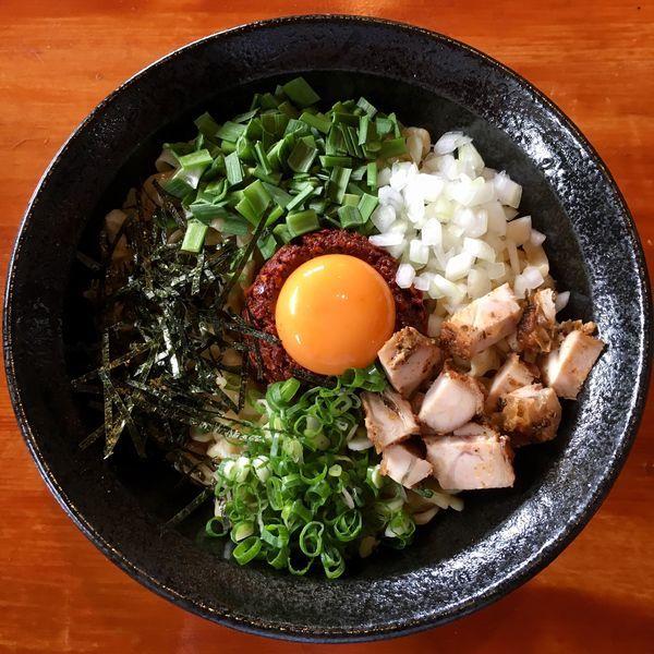 「【限定】CHILI まぜそば (850円)」@麺's HOUSE 繋の写真