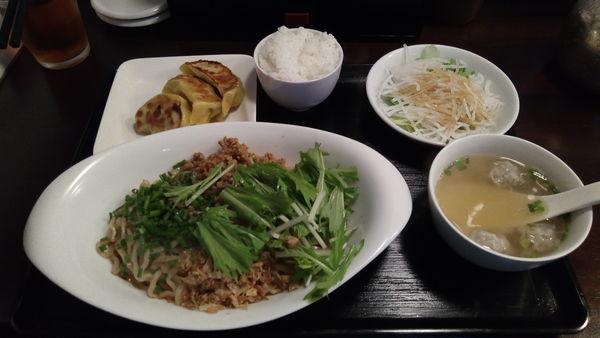「汁なし担々麺」@松戸香房の写真
