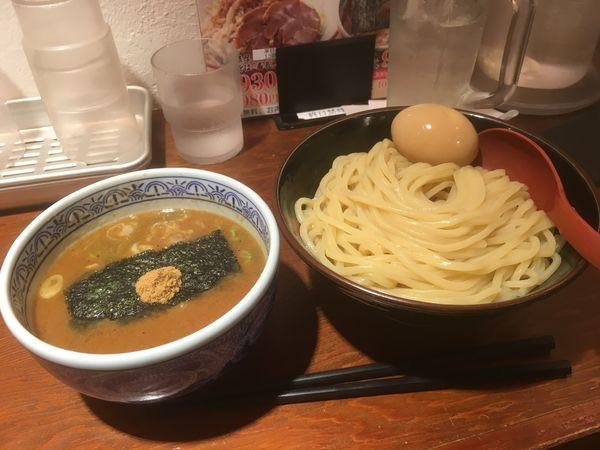 「つけ麺 味玉 中」@つけ麺専門店 三田製麺所 渋谷道玄坂店の写真