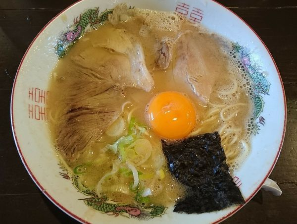 「玉子入りラーメン」@麺家 ぶらっく ぴっぐの写真
