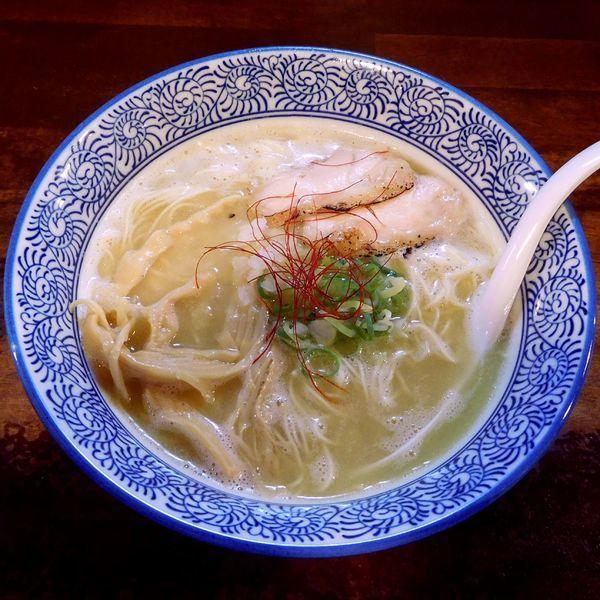「鶏白湯らーめん(700円)+レモン」@麺匠 ようすけ 鶏煮亭 下高井戸店の写真