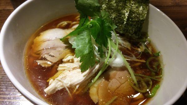「鶏そば醤油」@神田とりそば なな蓮の写真