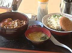 「コロッケラーメン350円+うなぎ焼肉丼600円」@食事処 禅の写真