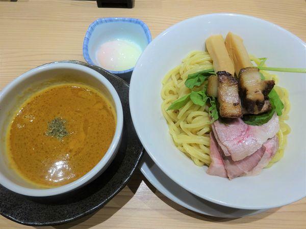 「オマール海老濃厚つけ麺 1180円 + VIPカードで温玉」@京紫灯花繚乱の写真