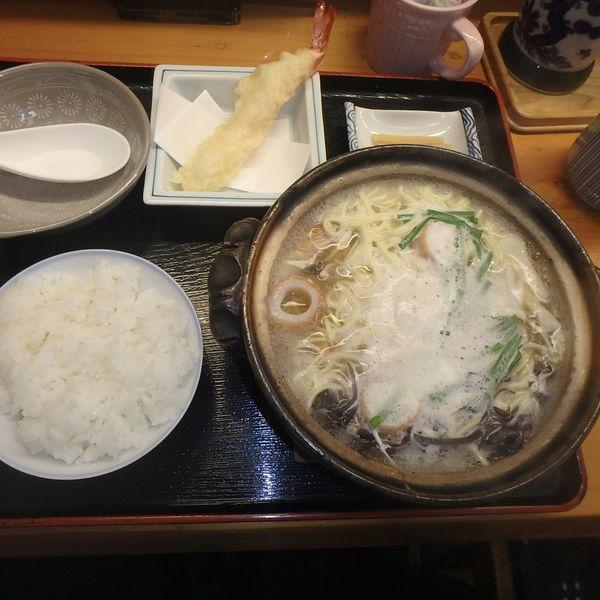 「鍋焼きラーメンスペシャルセット (920円)」@食事処 喜楽の写真