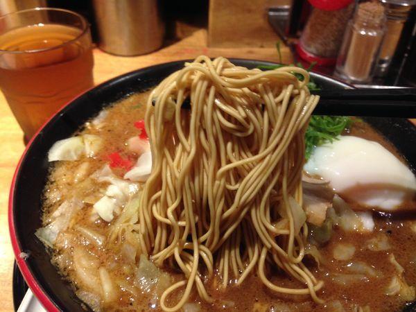 「ソースとんこつ! ¥850」@一風堂 SHIROMARU-BASE 金山店の写真