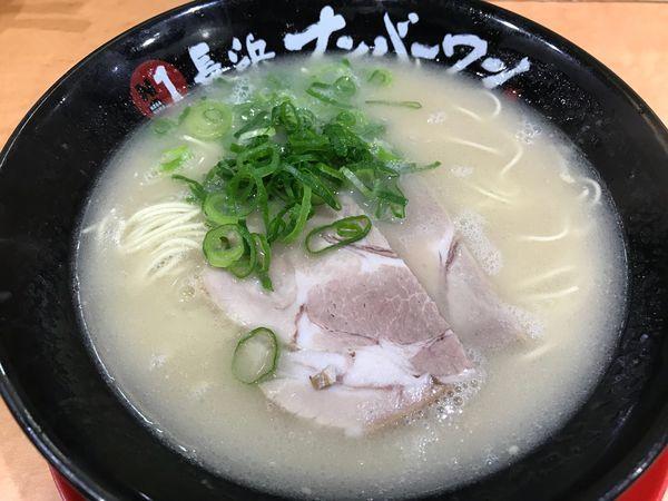 「らーめん  650円」@長浜ナンバーワン 博多デイトス店の写真