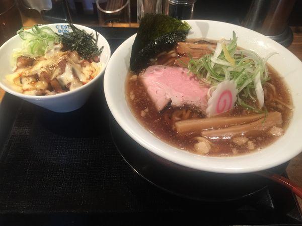 「煮干しラーメン・チャーチーズ丼・無理麺大」@麺屋 甚八の写真