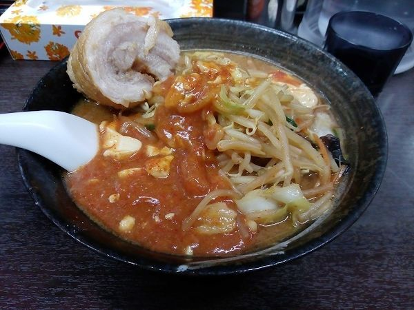 「味噌麻婆麺770円 チャーシュー100円」@元祖旨辛系タンメン 荒木屋の写真