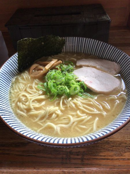 「濃厚鶏白湯ラーメン」@麺屋 金星の写真