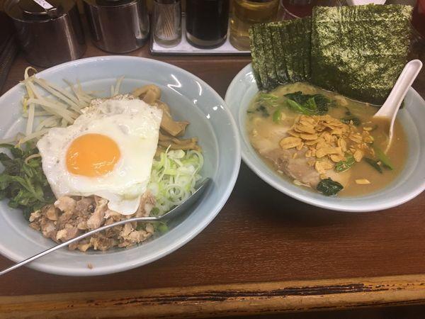 「しょうゆらーめん、三國丼」@ラーメン三國家の写真
