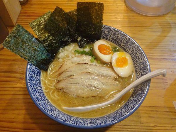 「特製濃厚煮干しそば(950円)」@麺屋 徳星の写真