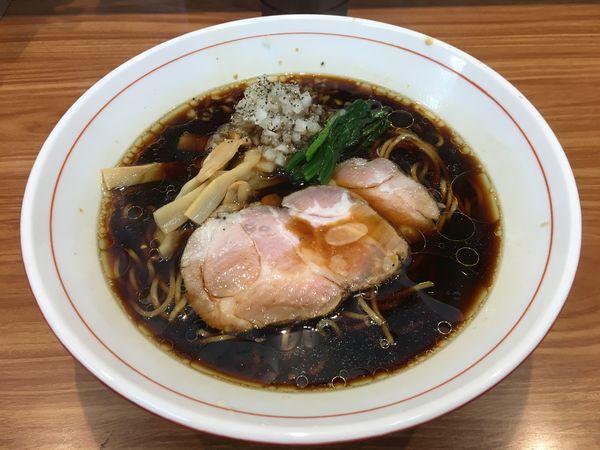 「漆黒醤油ら~麺」@ら~麺 安至の写真