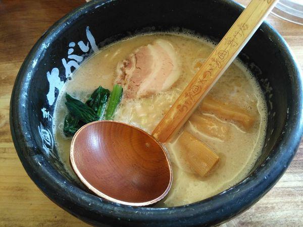 「らぁ麺」@らあ麺×つけ麺専門店 まがりの写真