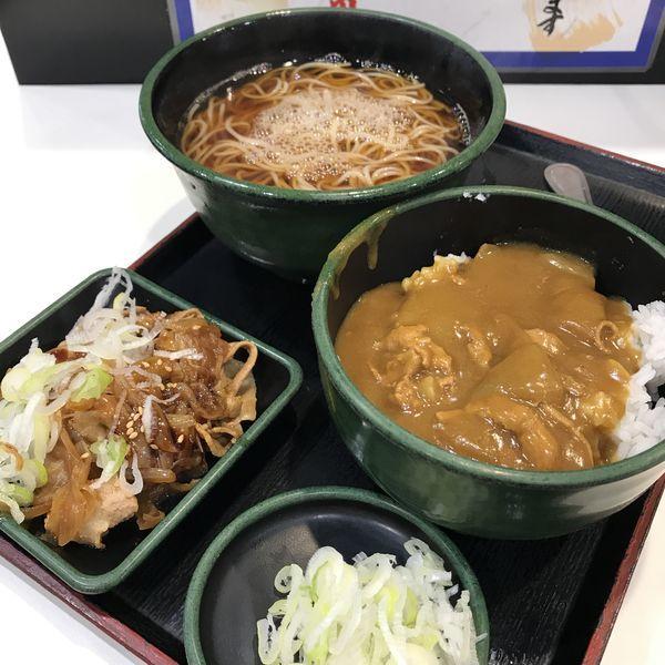「朝食セット(カレー丼)(¥360)+豚皿(クーポン)」@ゆで太郎 西五反田本店の写真