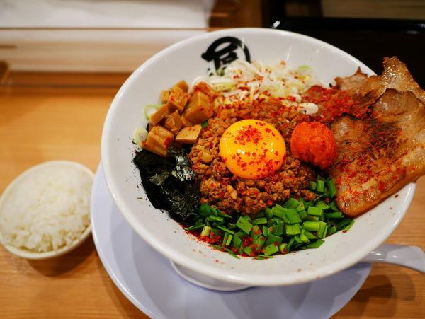 「限定 闘魂 台湾まぜそば」@麺や マルショウ 新なにわ大食堂店の写真