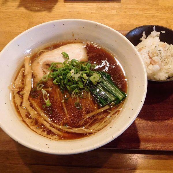 「べこ醤油らーめん(ご飯付 780円)」@tamazouの写真