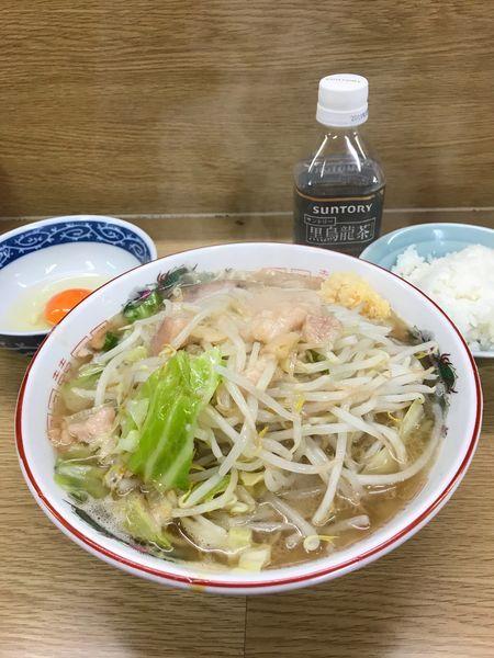 「ラーメン+ライス(ヤサイ少なめ、ニンニク、アブラ、生卵)」@ラーメン二郎 栃木街道店の写真