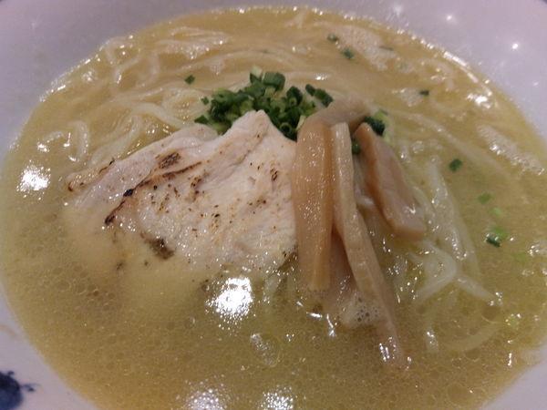 「伊達鶏の鶏白湯ラーメン」@鶏五味 越谷レイクタウン店の写真