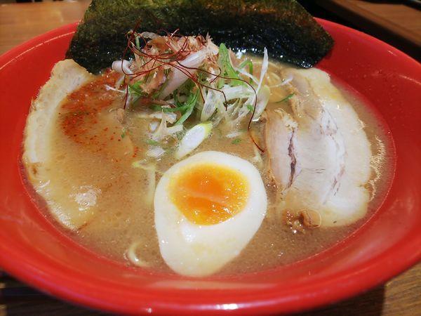 「赤味噌豚そば、麺硬め(920円)」@開花屋 楽麺荘 御在所SA店の写真