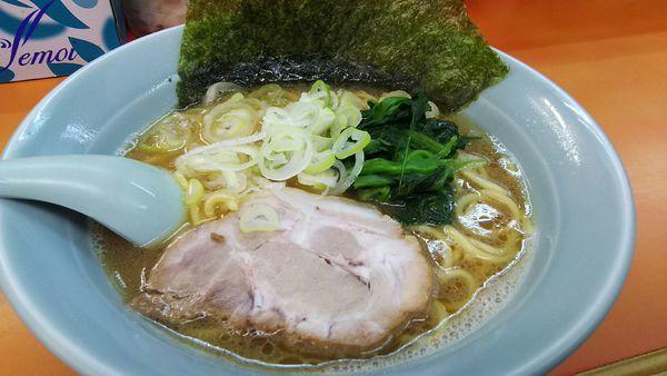 「ラーメン(並) ¥650」@鹿島家 石川町店の写真