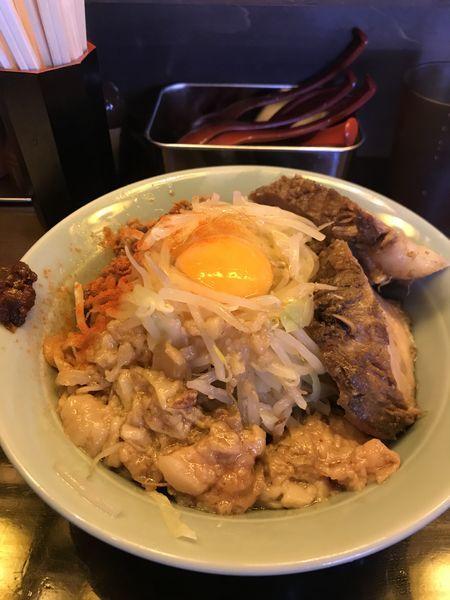 「中汁なし麺、350グラム、豚マシ」@立川マシマシ 9号店の写真