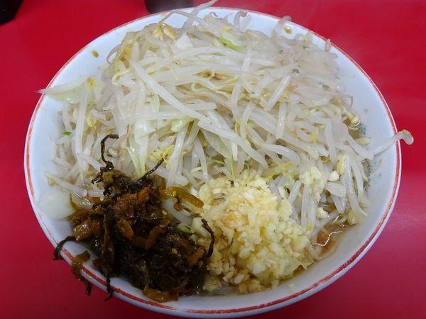 「ラーメン(730円)ヤサイニンニク高菜」@ラーメン二郎 湘南藤沢店の写真
