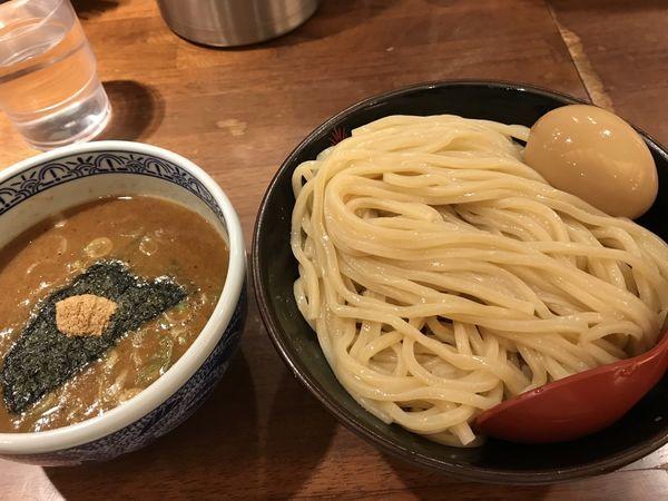 「つけ麺(中盛)+ 味玉」@つけ麺専門店 三田製麺所 ヨドバシAkiba店の写真