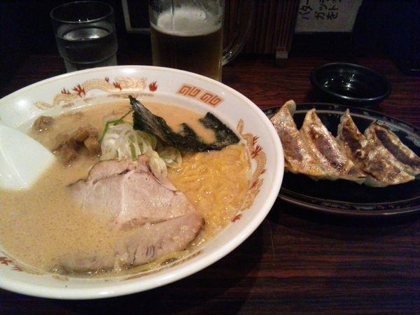 「旭川醤油ラーメン+餃子」@北海道らーめん ひむろ 錦糸町店の写真