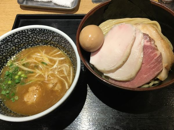 「特製濃厚魚介つけ麺+中盛」@麺屋 一燈の写真