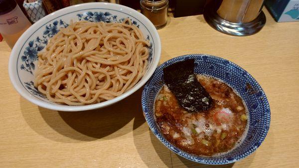 「つけ麺 大盛り(900円)」@くり山の写真