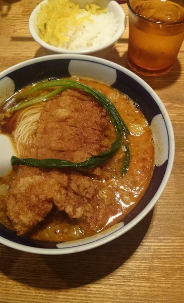「パイコーだんだん麺」@支那麺屋よかろう 虎の門店の写真