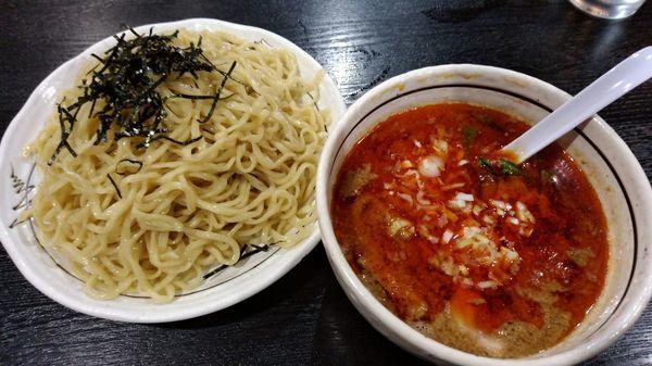 「坦坦つけ麺 激辛 大盛り350g(900円)」@桃天花の写真