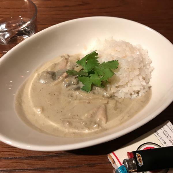 「鶏のグリーンカレー」@TimeOut Cafe&Dinerの写真