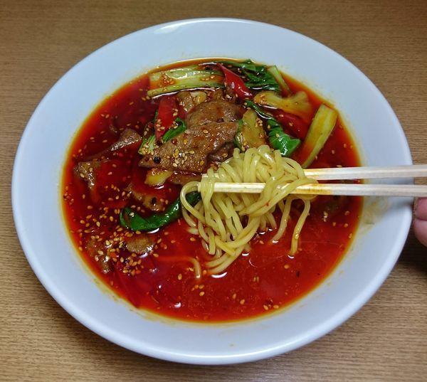 「豚レバーのスパイシー香味麺(家常猪肝面)  850円」@晴々飯店の写真