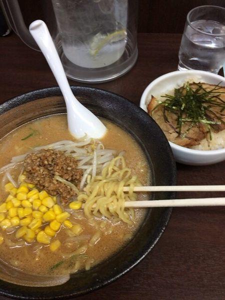 「北海道味噌ラーメン+チャーシュー丼」@味噌屋 門左衛門の写真
