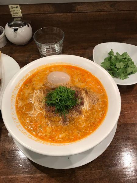 「担々麺  替玉  パクチー +炙り肉」@創作麺工房 鳴龍の写真