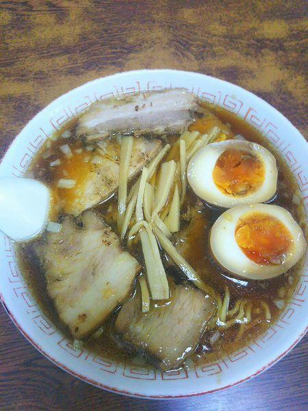 「チャーシュー麺 700円+味付玉子 100円」@ラーメン 天一の写真