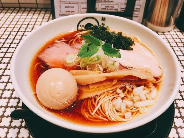 「鶏煮干そば&半熟味玉」@麺処 蛇の目屋の写真