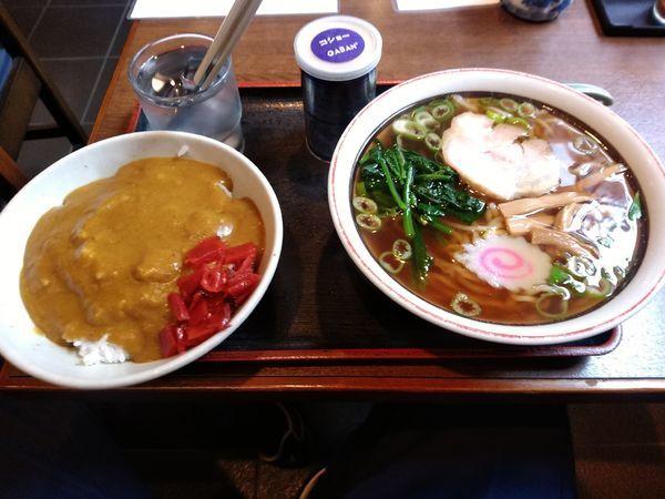 「ラーメン+半カレー750円」@蕎麦処 もりやの写真