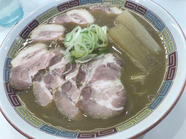 「煮干鰮豚骨らーめん 肉増し」@煮干鰮豚骨らーめん 嘉饌の写真
